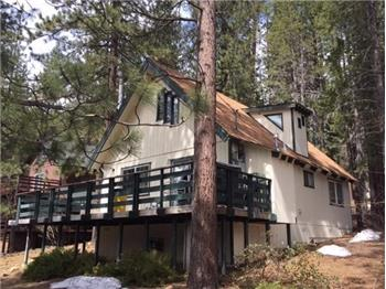 1678 Tionontati St., South Lake Tahoe, CA