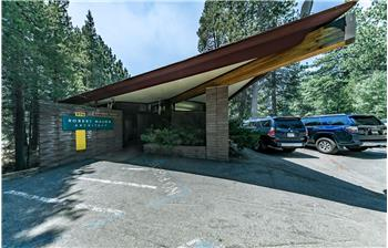 976 Edgewood Circle, South Lake Tahoe, CA