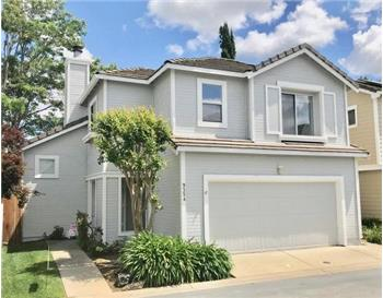 9354 Laguna Pointe Way, Elk Grove, CA