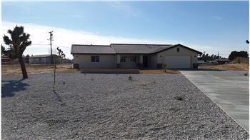 20707 Teton Rd., Apple Valley, CA