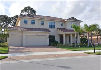 2732 NW Crystal Lake Dr, Jensen Beach, FL