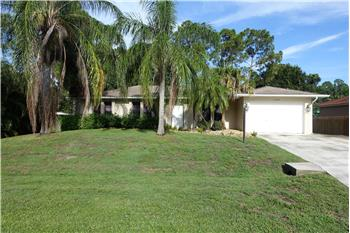2449 SW Roney Road, Port Saint Lucie, FL