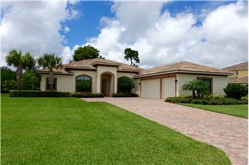 3294 NW Stoney Creek Avenue, Jensen Beach, FL