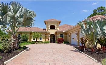10499 SW Lands End Place, Palm City, FL