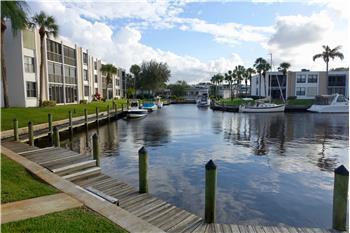 1950 SW Palm City Road 5-110, Stuart, FL