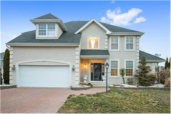 Primary listing photos for listing ID 463636