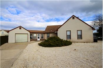 Primary listing photos for listing ID 463638