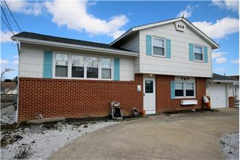 Primary listing photos for listing ID 468122