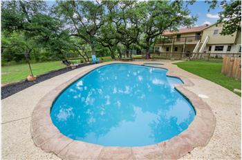 8418 Deerview Ln, San Antonio, TX
