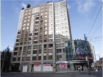 152 St Patrick St 603, Toronto, ON