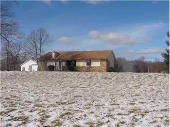 7426 Becks Grove Rd, Freetown, IN