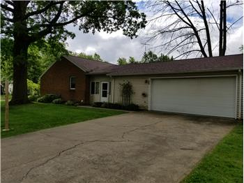 1707  Lilly Ln, Alliance, OH