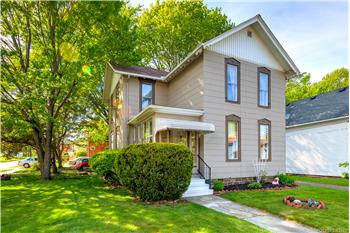 4360 Center Street, Willoughby, OH