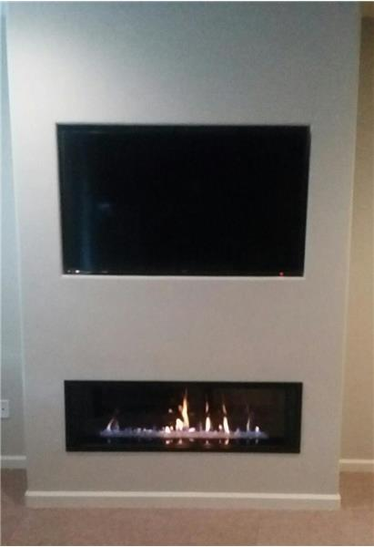 Valor 2 Gas Fireplace in Living Room