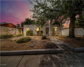 435 Phillips Drive, Las Cruces, NM