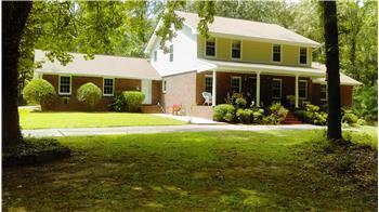 3810 Jamaica Dr, Spivey Estates, GA