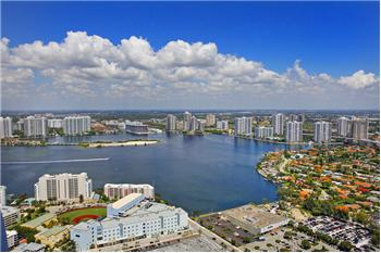 18101 Collins Avenue TS5508, Sunny Isles Beach, FL