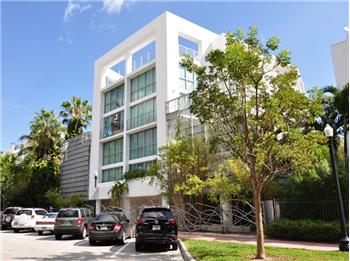 221 Jefferson Avenue 15, Miami Beach, FL