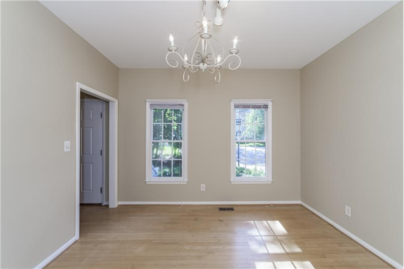 Separate dining room or office