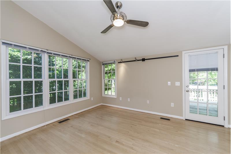 Spacious first floor master bedroom (1)