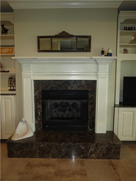 2 fireplaces