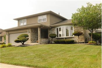 7512 W Lakeside Dr, Frankfort, IL