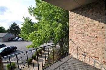 crestwood rental backpage