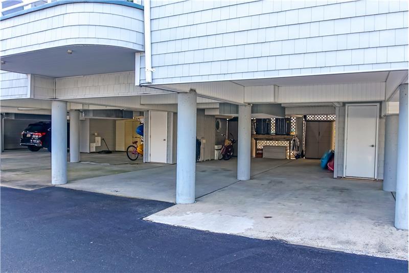 3-Car Carport Parking