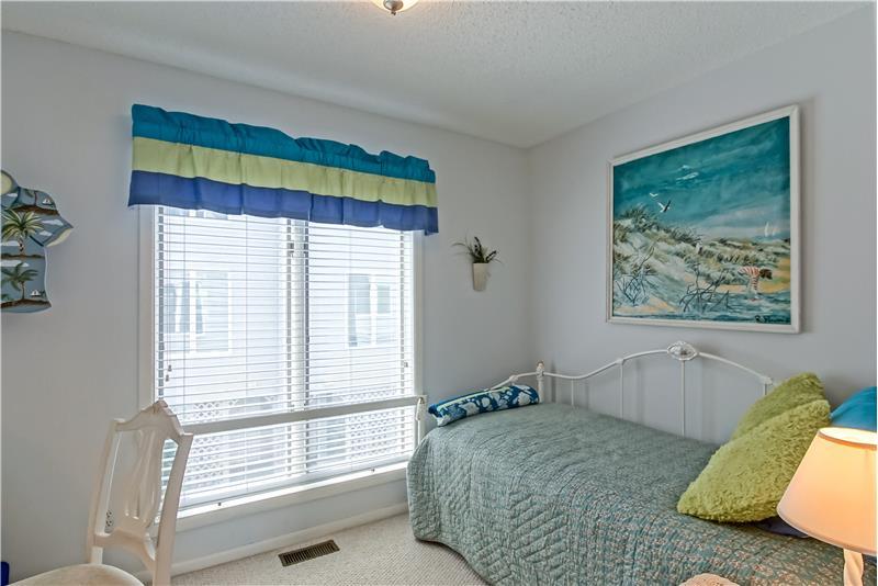 Bedroom 2 or Office-Den