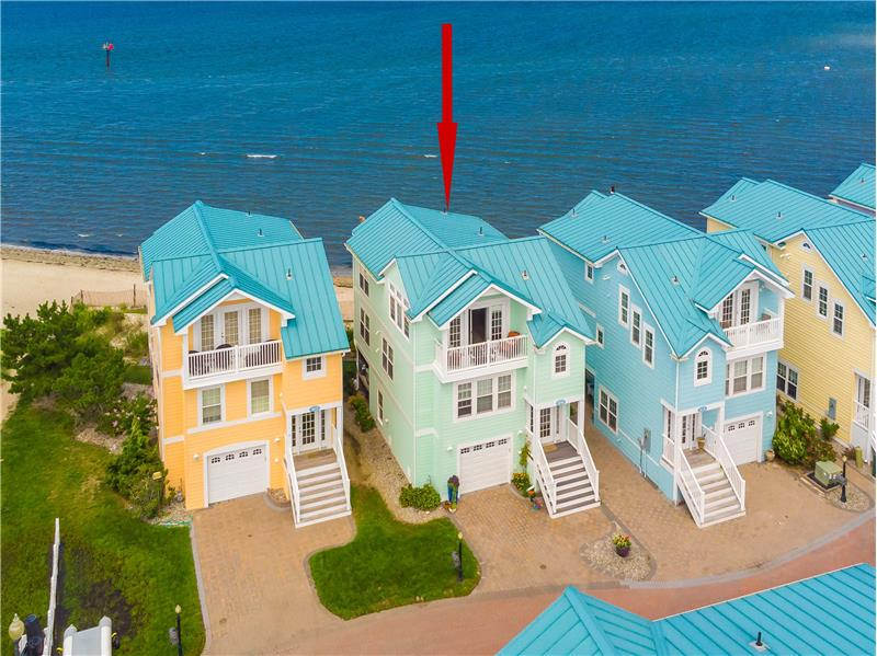 Detached Bayfront Townhome