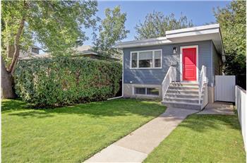 2415 - 30 Street SW, Calgary, AB