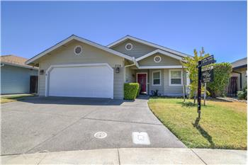 1384 Pear Place, Woodland, CA