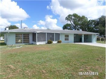 442 Ferris Dr NW, Port Charlotte, FL