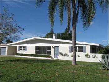 605 Chevy Chase Dr, Sarasota, FL