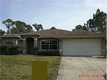 1060 Hinton St., Port Charlotte, FL