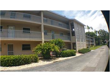 3985 Maceachen Blvd #214, Sarasota, FL