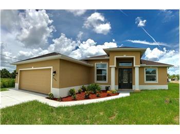 2484 Hopwood Rd, North Port, FL