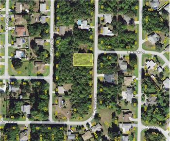 718 Haleybury St, Port Charlotte, FL