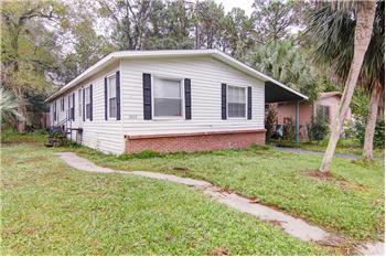 5823 Jason Dr, Jacksonville, FL