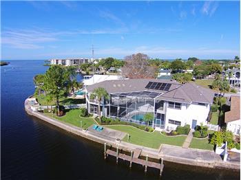 4922 Caney Court, Port Richey, FL