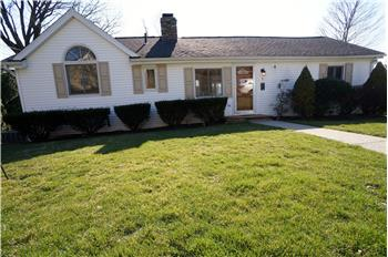 6 Longview Drive, Brookfield, CT