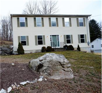115 Laurel Hill Rd, Brookfield, CT