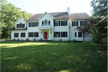 216 Sunset Ridge, Southbury, CT