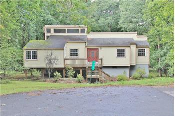 813 Hillview Pl N. MLS# 17-4082, Lords Valley, PA