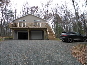 93 Paupack Point Road MLS# 17-4999, Hawley, PA