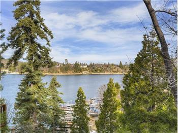 352 John Muir Dr, Lake Arrowhead, CA