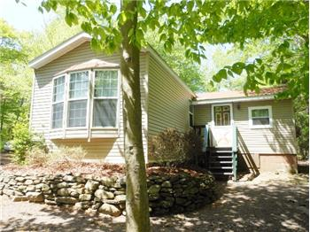 49 Mohican Path, Gouldsboro, PA