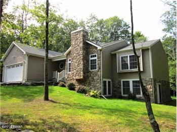 157 Eagle Rock Rd, Lackawaxen, PA