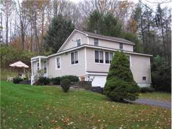 997 Old Woods Rd., Honesdale, PA