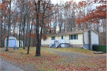 11 White Birch Lane, Hawley, PA